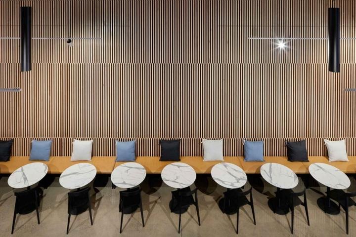 معماری داخلی شرکت با آجر
