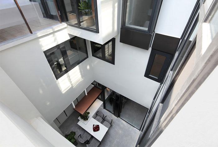بازسازی خانه سی ساله به سبک مدرن