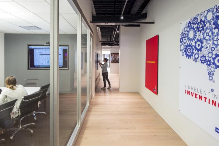 معماری داخلی شرکت ساختمانی