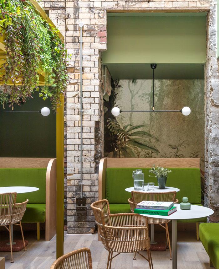بازسازی و طراحی داخلی هتل